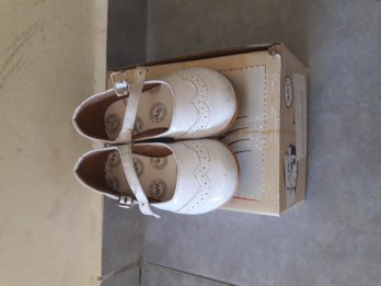 Zapatos guillerminas blancos