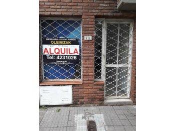 ALQUILO LOCAL COMERCIAL EN EL PARQUE