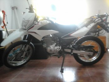 VENDO HONDA XR 150