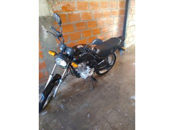 Vendo moto Corven hunter 150