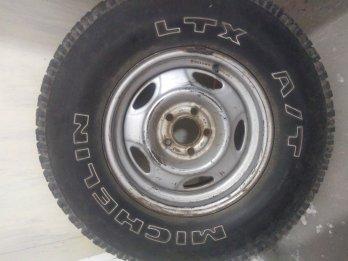 Vendo cubierta rodado 15 radial
