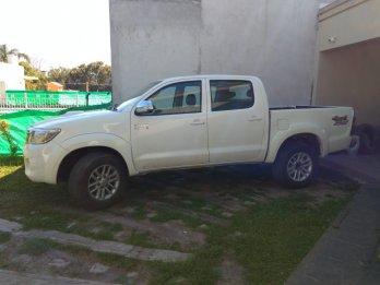 Toyota Hilux 4x4 SRV AT Recibo usado y Dolar Blue
