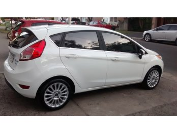 FORD FIESTA KINETIC  TITANIUM 2017 - FINANCIACION
