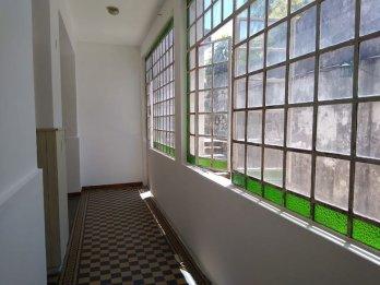 Departamento de un dormitorio. Calle Corrientes y Nogoya.