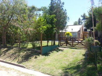 Casa con pileta y anexo dpto, Villa Urquiza - Se acepta casa
