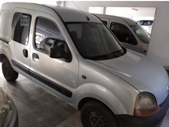 KANGOO FAMILIAR DOBLE PUERTA LATERAL DIESEL año 2006