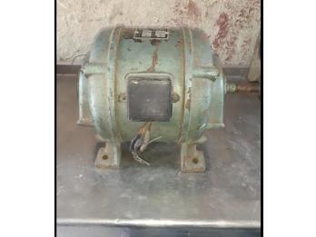 Tecnico electricista electromecanico