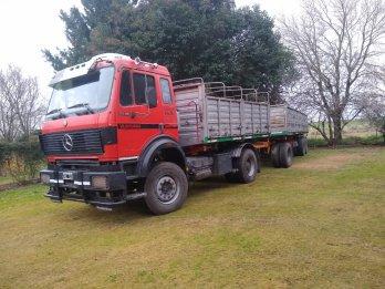 vendo camión c/acoplado Mercedes Benz