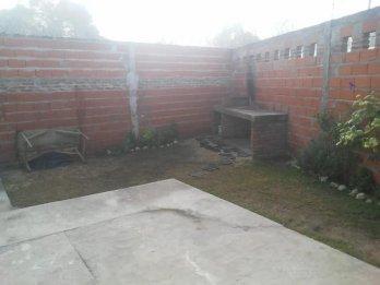 VENDO Casa 3 dormitorios calle Cuyas y Sampere, barrio Padre