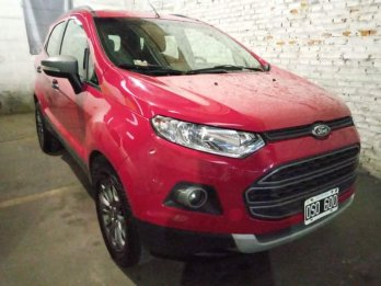 Vendo Ecosport S.E Freestyle Full Full. Permuto Financio
