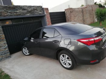 Vendo corolla xei impecable