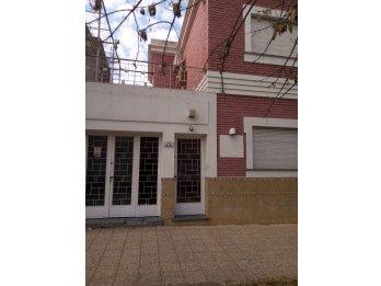 Vendo Casa para vivienda/ oficinas/ consultorios