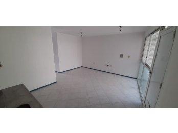 Alquiler Departamento 2 Dormitorios Zona Centro/Calle Nogoya