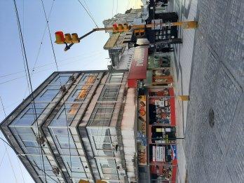 Estudio Jurídico inmobiliario alquila oficina peatonal