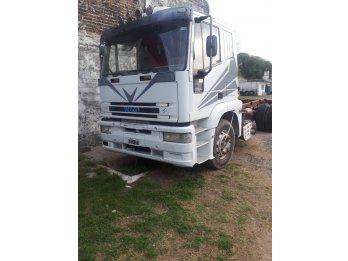 Camión iveco euro tech