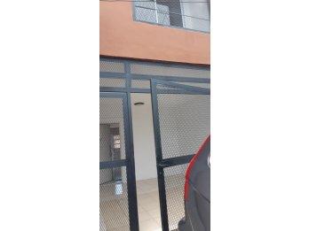 Vendo duplex nuevo con cochera zona calle Av. Ramirez