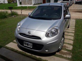 Nissan March 2012 Vendo o Permuto (mayor menor)