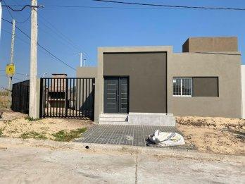 Vendo Casa B° Los Lapachos Z/Club Paracao.
