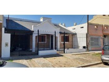 📣Se Vende Hermosa Casa//3 Dorm //Zona Av. de las Américas📣