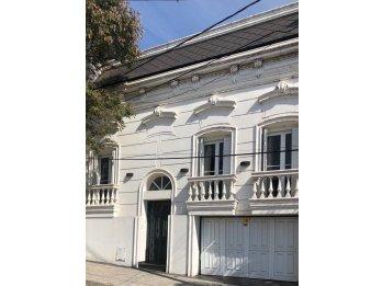 VENDO Casa 3 dormitorios frente al Río en La Paz
