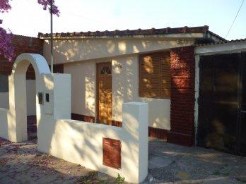 OPORTUNIDAD Vendo 2 casas $ 8.000.000