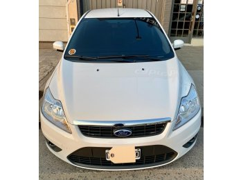 VENDO FORD FOCUS 1.6 TREND 2013