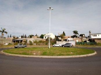 oportunidad  vendo  cerca  del  centro  casa  con  terreno