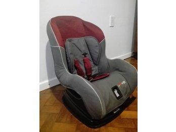Vendo butaca de bebé para auto $2500