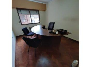 Alquiler Oficina Frente Casa De Gobierno/Calle Santa Fe