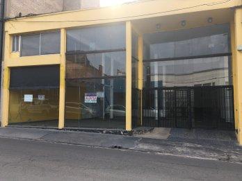 Alquilo local comercial en el centro