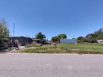VENDE: TERRENO 15 X 30 CENTRO DE COLONIA AVELLANEDA