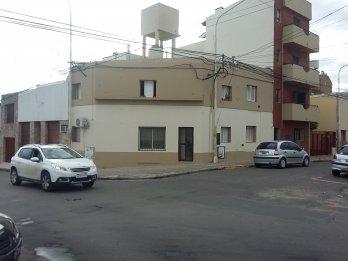 Alquilo en calle Villaguay y Monte Caseros