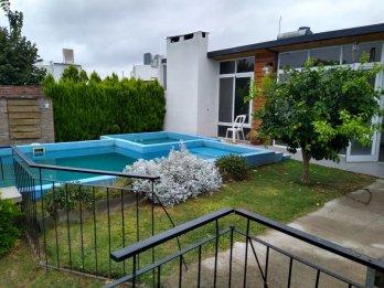Casa zona de quintas las Acacias