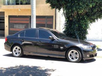 Bmw 320i Executive 2010 80 mil km