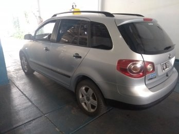 VW SURAN 1.6 full impecable