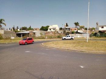 particular vendo cerca del centro casa con terreno ,permuto