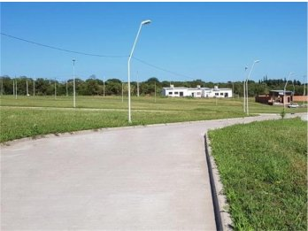 Se vende terreno en urbanizacion ''Altos del Paracao''