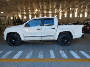 VOLKSWAGEN AMAROK DARK LABEL 4X4 AT 2015