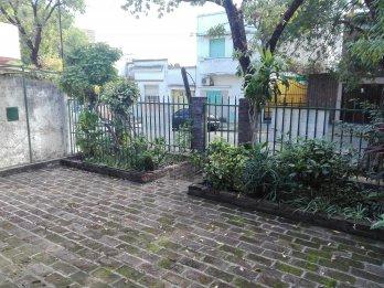 Vendo casa en calle San Martin casi Feliciano