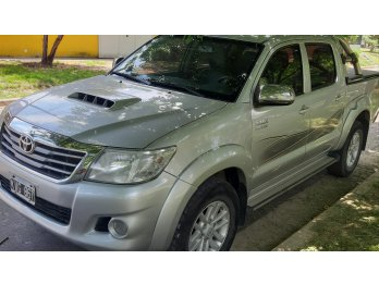 HILUX SRV 4X4 CUERO MANUAL 2012