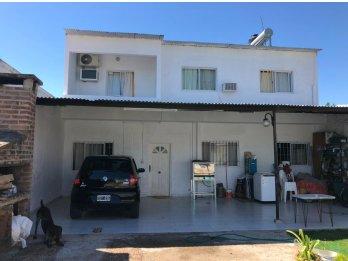 Se vende Propiedad 3 dormitorios. Zona Paracao