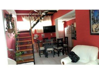 Se vende casa en calle Pacto U. Nacional Y Brugo! Inm Lorenz