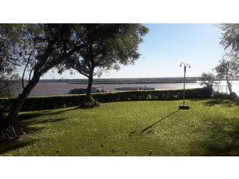 En venta Cabaña con vista Rio - Hernandarias