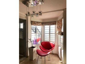 En venta casa en Avenida Don Bosco . Sup Cubierta 220m2. 4 d