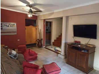 Casa en calle División de los Andes, lista para habitar!