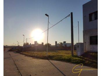 LOTES DISPONIBLES - BARRIO PARACAO - 300M2 - $2.100.000