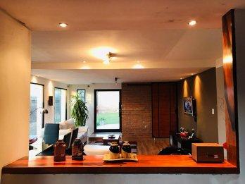 Moderna casa en Venta