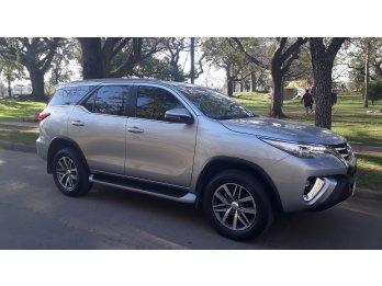 Unica Toyota Sw4 2.8 Srx 4x4 7 asientos 2019 c/16.000 km