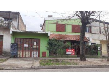 VENTA barrio AATRA ,3 DOR.patio amplio ,PERMUTA