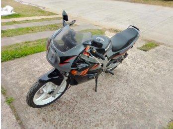Suzuki rgt2